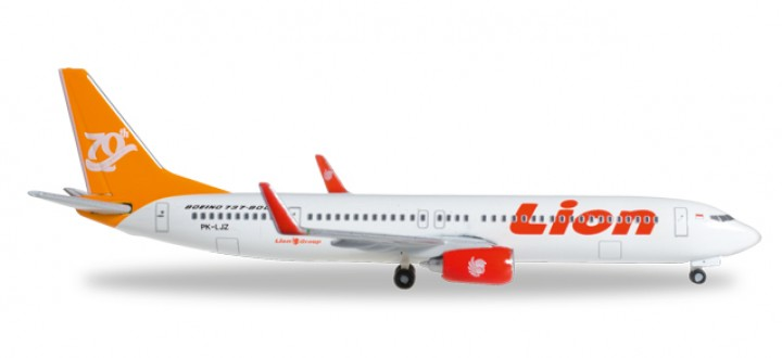 "Lion Air Boeing 737-900ER ""70th Boeing Next Generation 737"" Reg# PK-LJZ Herpa Wings HE527989 Scale 1:500"