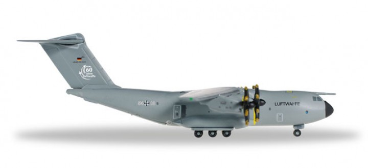 Luftwaffe Airbus A400M Atlas Reg# 54+03 Herpa 528719-001 Scale 1:500