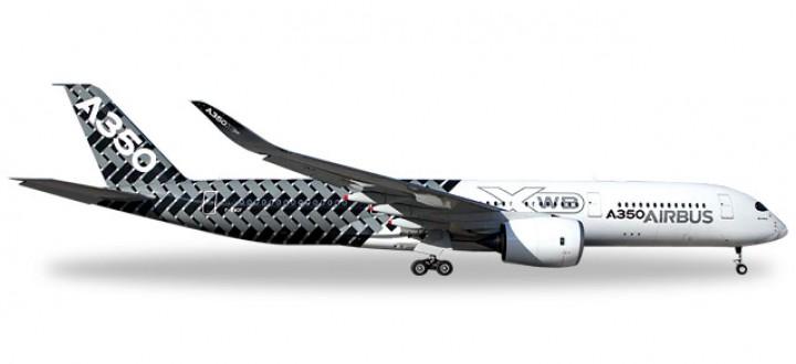 Carbon Fiber Airbus House A350XWB Reg# F-WWCF Herpa 528801 Scale 1:500
