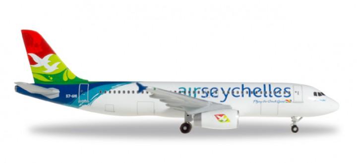 Air Seychelles Airbus A320 Reg# S7-AMI Metallic Herpa 530439 Scale 1:500