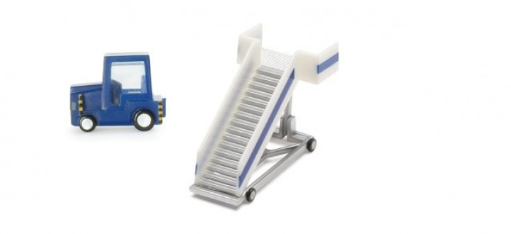"""Airport Accessories """" Passenger Stairs + Tractor""""  1:200 Scale by Herpa Wings  HE551861"""