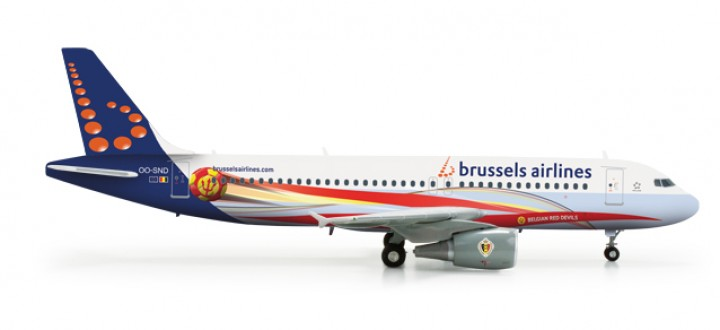 """Brussels Airlines Aibrus A320 """"Red Devils"""" HE556446 OO-ND  Scale 1:200"""