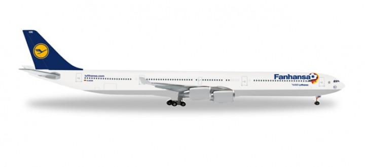 """562492  Lufthansa Airbus A340-600 """"Fanhansa"""" Herpa 1:400"""