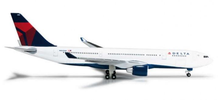 Herpa Delta  A330-200 REG# N861NW 1:500