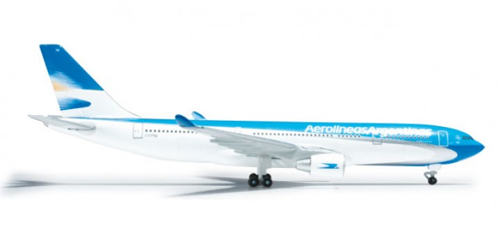 Aerolineas Argentinas Airbus A330-200 Herpa HE526241 1:500
