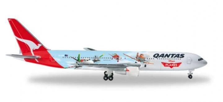 526562 herpa disney planes movie diecast boeing 767 eztoys.com