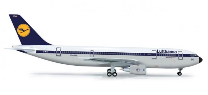 Lufthansa Airbus A300B2 1:200 HE556057