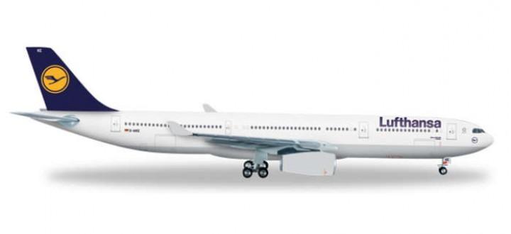 HE556583 lufthansa airbus 330 die cast herpa 200