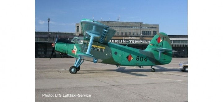 "Luft Taxi Service Antonov AN-2 ""Anushka"" D-FBAW 804 Classic-Antonow / LTS Herpa 570602 scale 1:200"