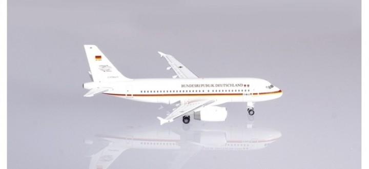 Luftwaffe Flugbereitschaft Airbus A319 Herpa 533409 scale 1:500