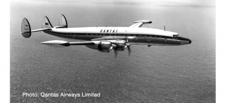 """Qantas Super Constellation L-1049G VH-EAP """"Southern Zephyr"""" Herpa 570596 Scale 1:200"""