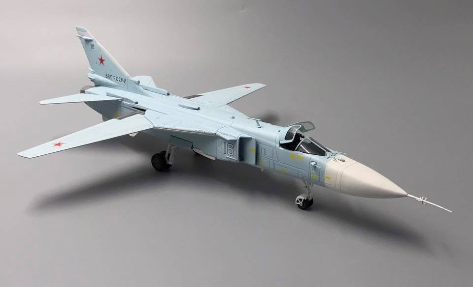 Calibre Wings Ca722401 Su 24m Fencer White 16 Russian Air Force