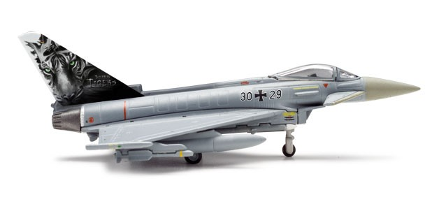 highly detailed herpa wings luftwaffe eurofighter typhoon. Black Bedroom Furniture Sets. Home Design Ideas