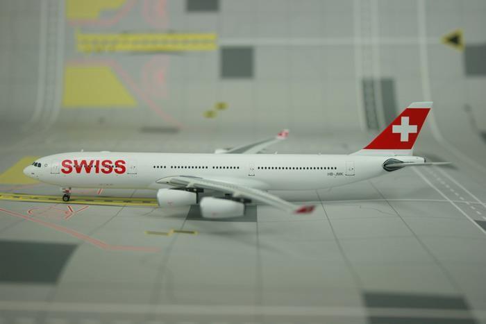 A380 Airbus Boeing Series Modelo de avi/ón 18CM Realista Durable Aleaci/ón de metal Avi/ón Diecast Miniatura 1 200 Avi/ón Juguete Simulaci/ón Decoraci/ón 18CM Para decoraci/ón de oficina Regalos