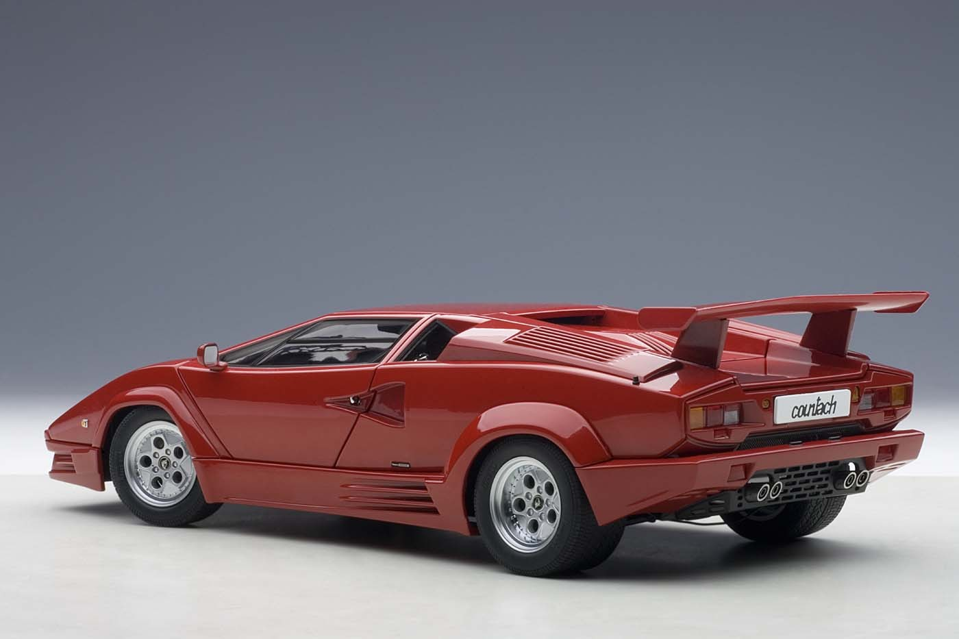 Autoart Highly Detailed Die Cast Model Lamborghini Countach 25th