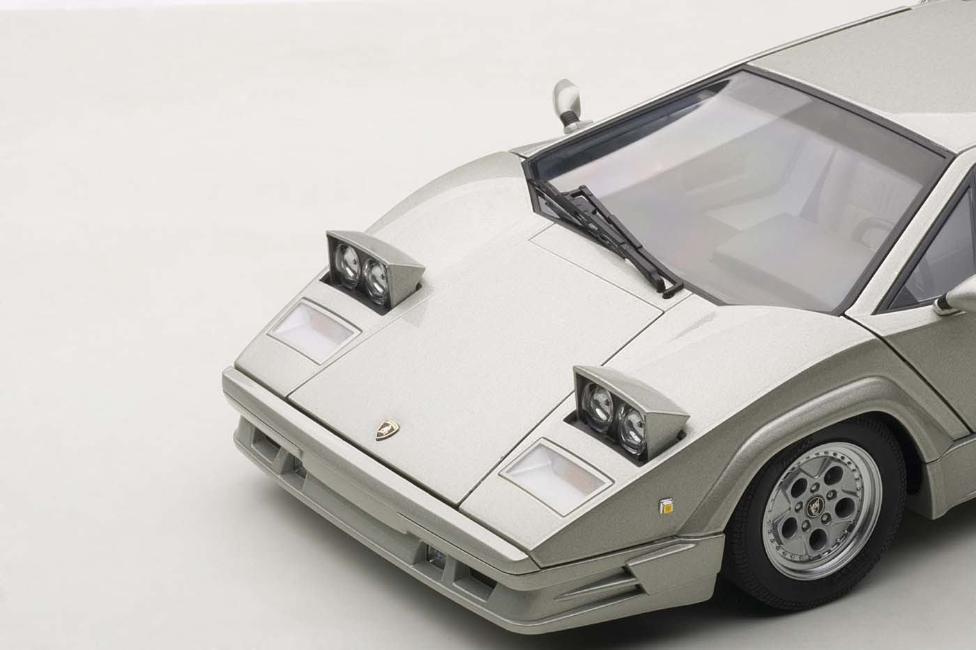 Autoart Highly Detailed Die Cast Model Last 25th Anniversary