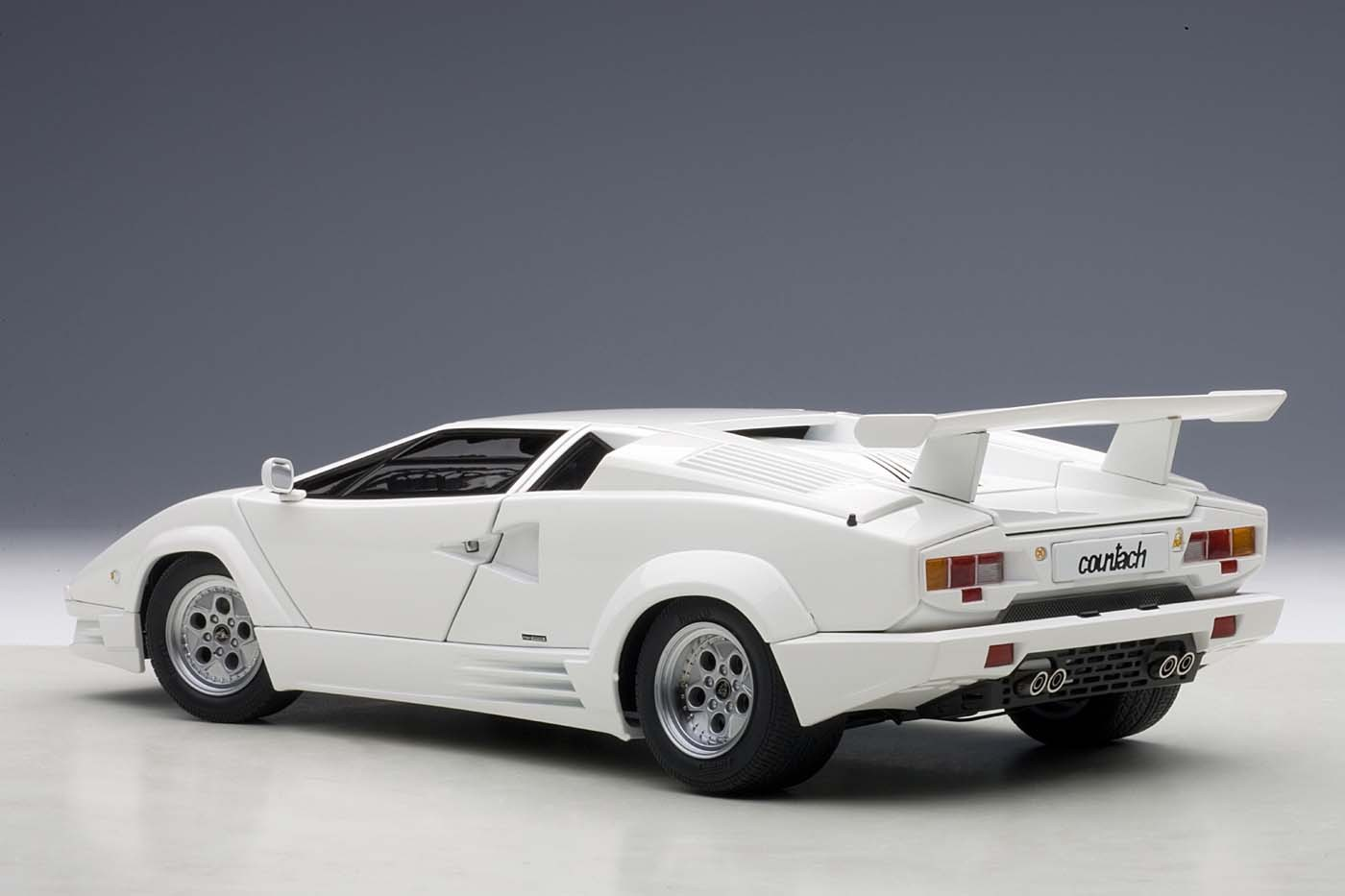 Autoart Highly Detailed Die Cast Model 25th Anniversary