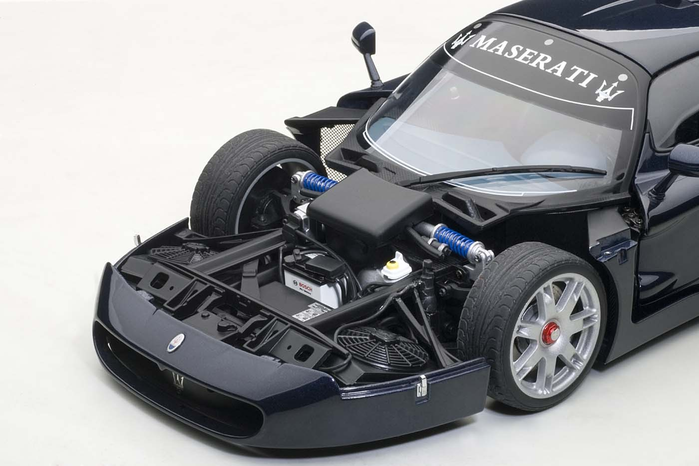 autoart highly detailed die cast model maserati mc12 blue. Black Bedroom Furniture Sets. Home Design Ideas