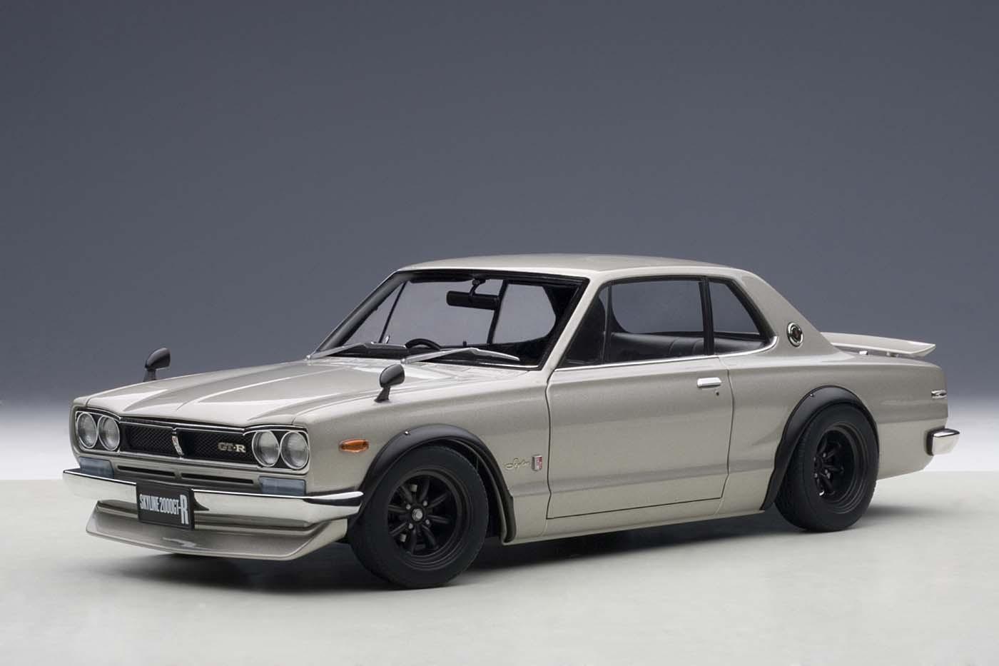 Autoart Highly Detailed Die Cast Model Nissan Skyline Gt R