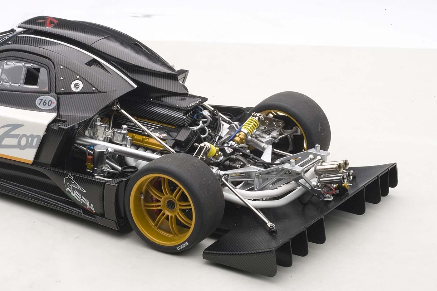 Pagani Huayra For Sale >> AUTOart die-cast model Pagani Zonda R EVO, Carbon Fiber/White 78271 die-cast model in 1:18 scale ...