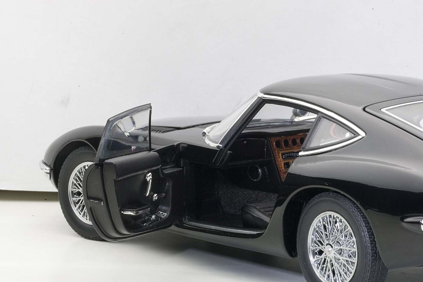 Autoart Die Cast Model Toyota 2000 Gt Upgraded Coupe Black