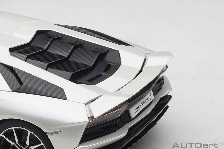 Pearl White Lamborghini Aventador S Autoart 79131 Scale 1 18 Eztoys Diecast Models And Collectibles