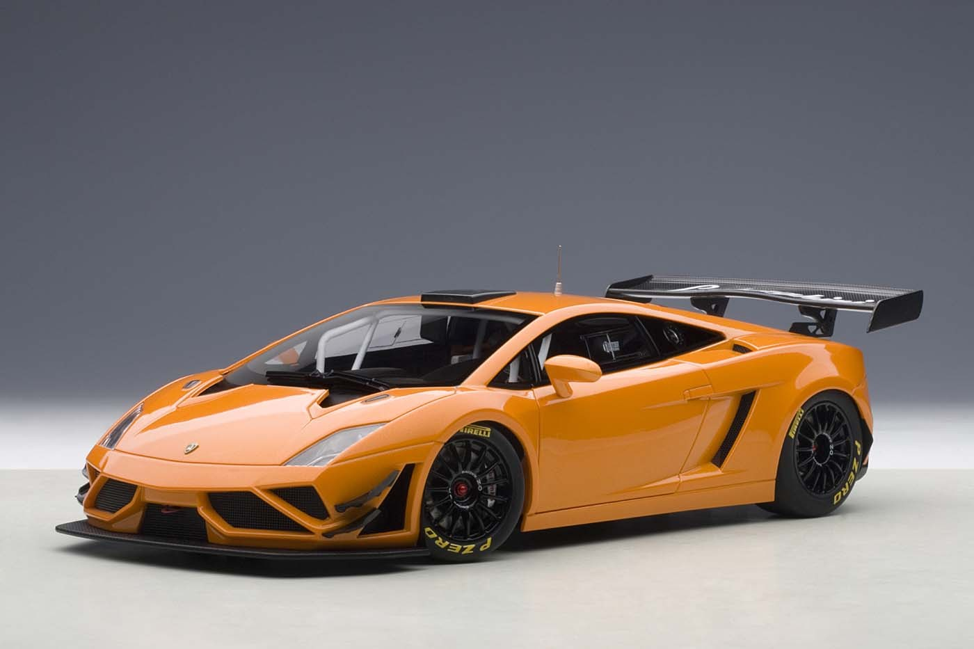 Highly Detailed Autoart Diecast Model Lamborghini Gallardo Gt3 Fl2