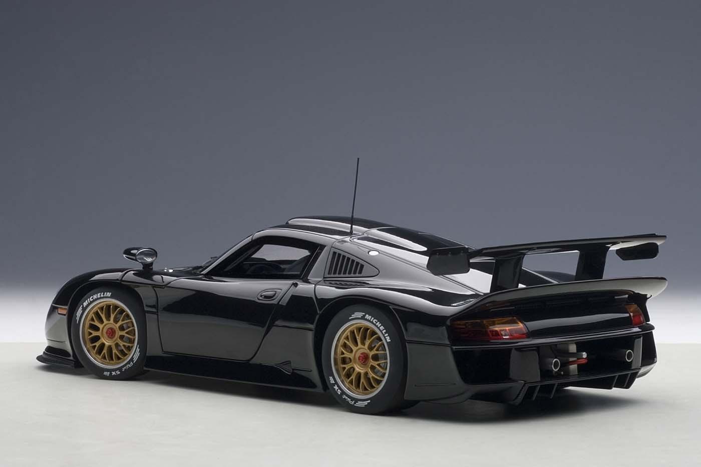 Highly Detailed Autoart Diecast Model Car Black Porsche