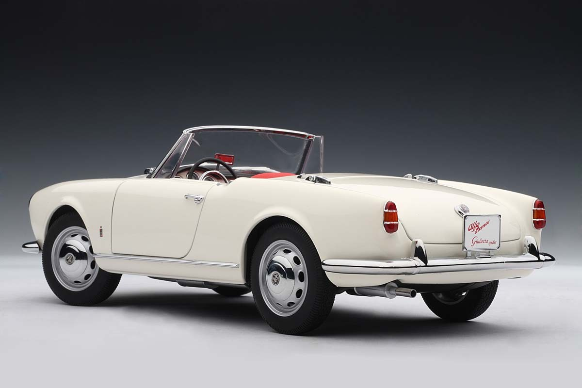 Au on Alfa Romeo Spider For Sale