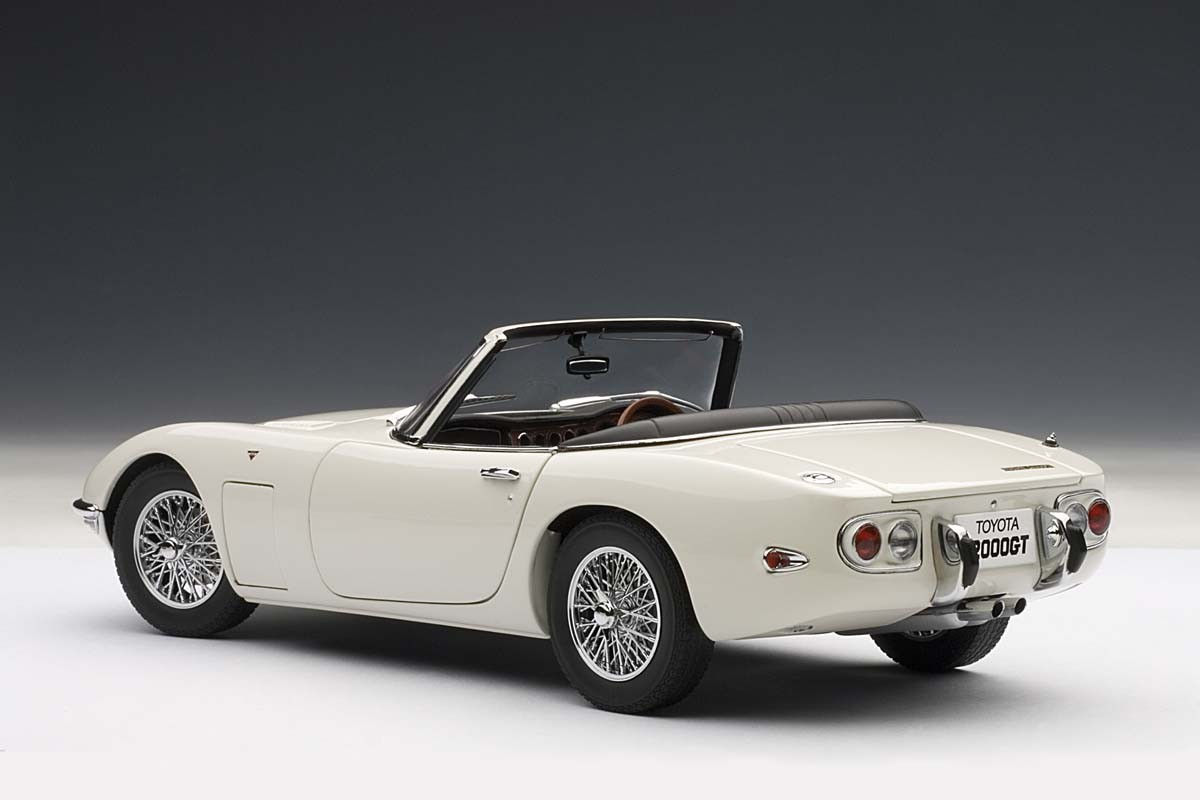AUTOart 1:18 Scale Toyota 2000 GT Cabriolet, Upgraded ...