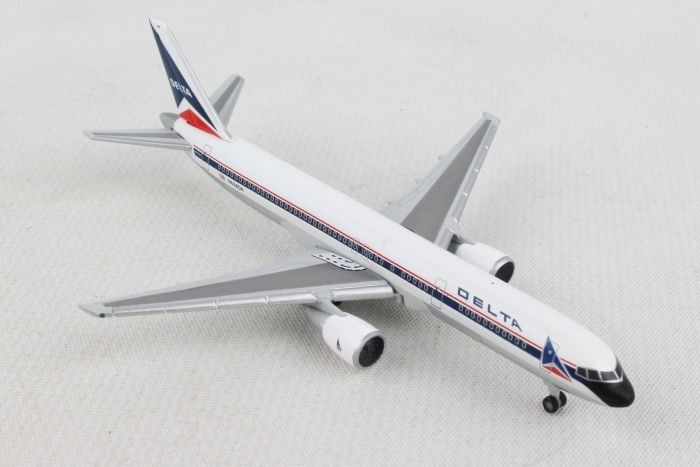 Herpa 529617-1//500 Airbus A321 Neu Delta Air Lines
