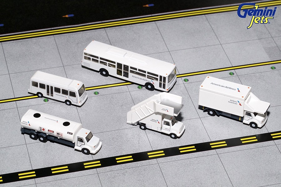 American Airlines GSE Ground Equipment Set stairs, buses ...