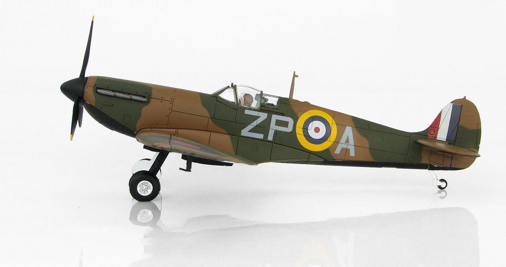 Spitfire MK 1 No 74 Adolph Malan Hornchurch 1940 HA7813 Scale 1:48