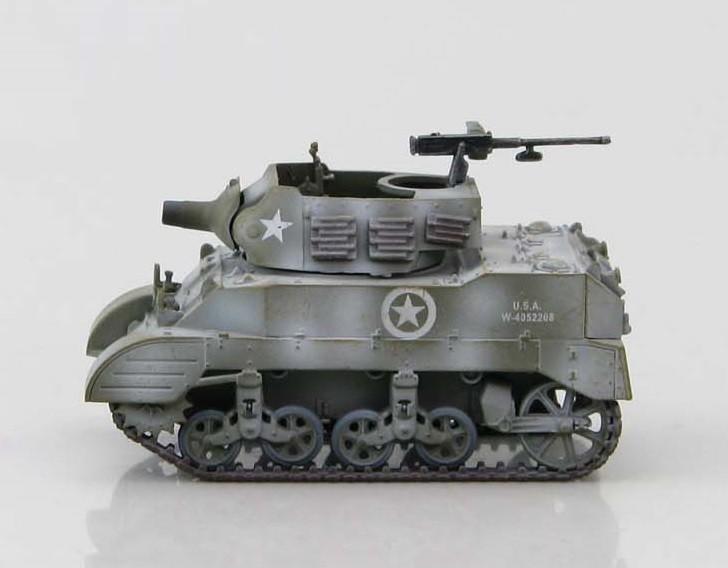 M8 Light Armored Car Snow Camo European Front Hobby Master HG4912 scale 1:72