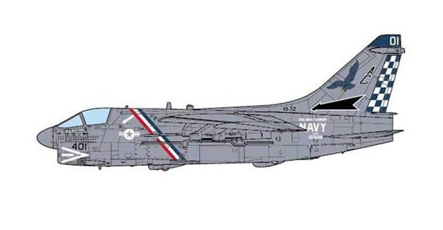 USS John F Kennedy 1:72 Diecast A-7E Corsair II USN VA-72 Blue Hawks