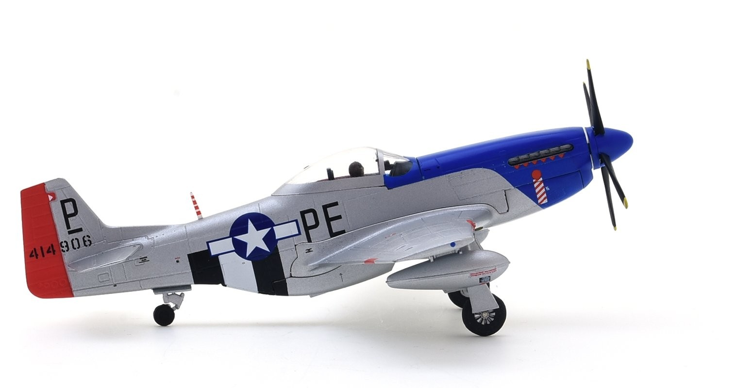 328th FS 1:72 P-51D Mustang Cripes A/' Mighty George Preddy USAAF 352nd FG