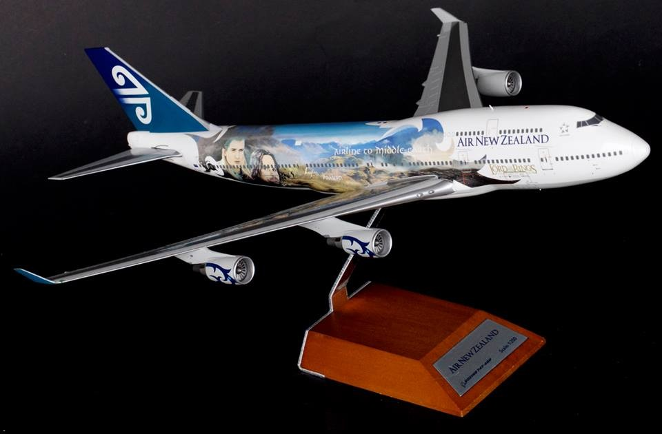 Sale! Air New Zealand 747-400 Lord of the Rings ZK-SUJ JC2ANZ925 1:200