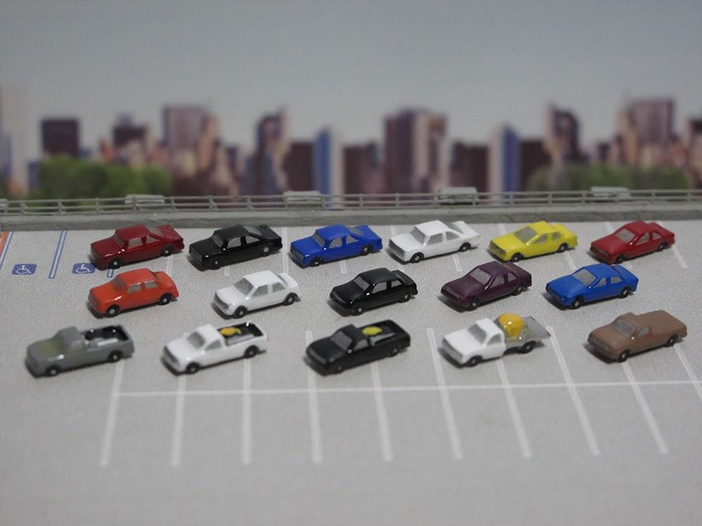 All Die Cast 16 Piece Airport Passenger Vehicles Car Set