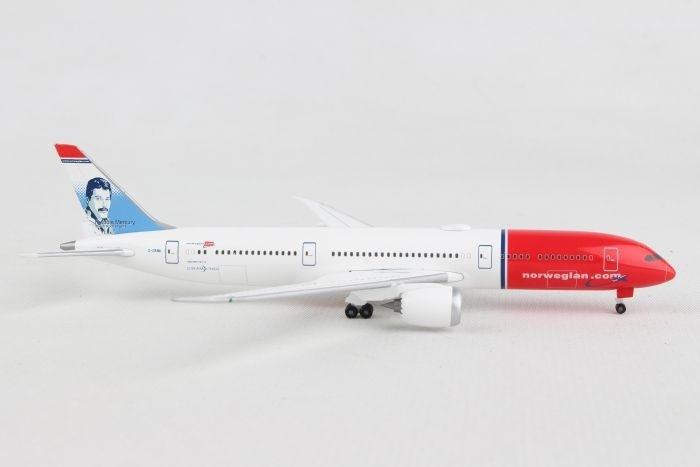 "Herpa 529280-001 Norwegian Air Shuttle Boeing 737-800 1:500 LN-DYA /""Erik Bye/"""