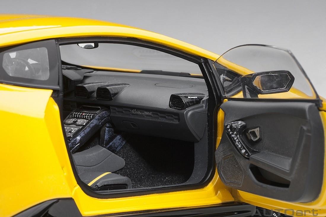 Lamborghini Huracan Performante 2017 Yellow 1//18-79155 AUTOART