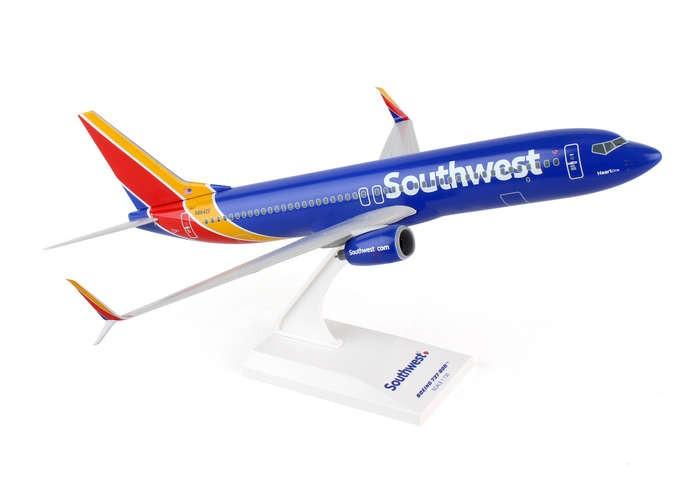 Highly Detailed Skymarks Model Airplane Southwest 737 800