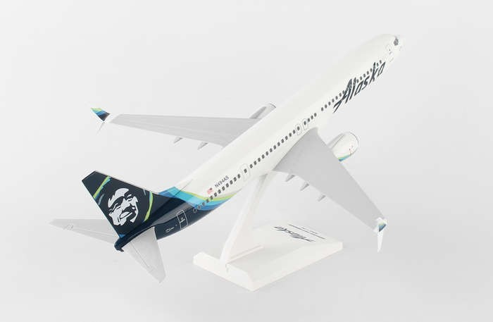 Last one! Alaska Boeing 737-900 New Livery 2016 Skymarks SKR875 scale 1:130