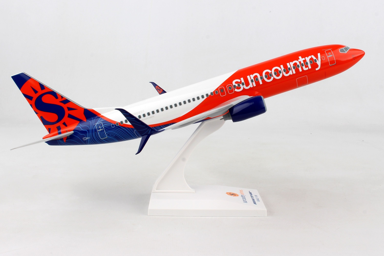 SKR897 SKYMARKS AMERICAN 737-800 1//130 TWA RETRO DISPLAY MODEL AIRPLANE