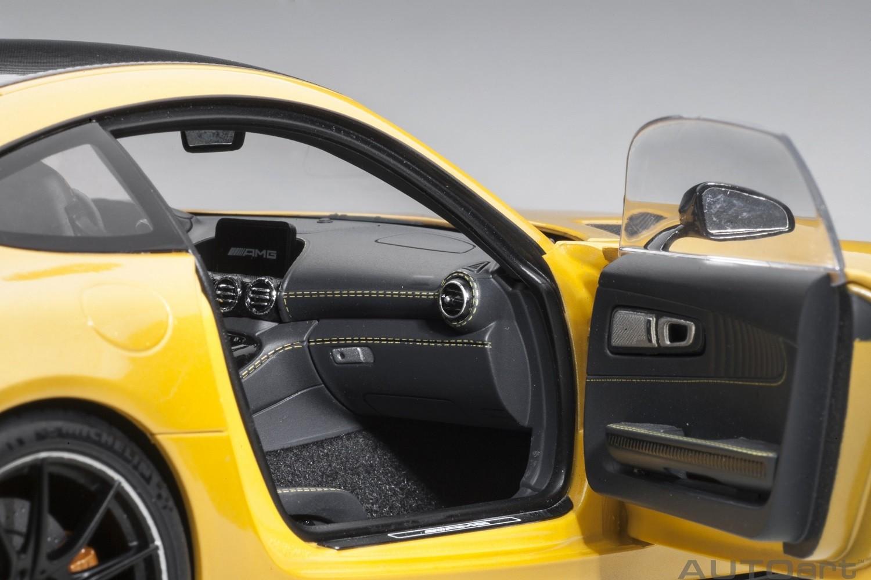 Autoart Mercedes Benz AMG GT R 1:18 Solarbeam Yellow Metallic 76332