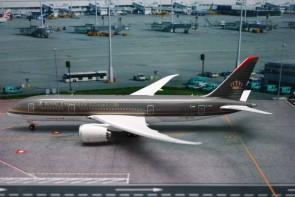 Royal Jordanian Boeing Dreamliner B787-8 Reg# JA-BAA Phoenix 1:200