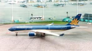 Vietnam Airlines Airbus A330-200 Reg# VN-A376 Phoenix Diecast Models 11278 Scale 1:400