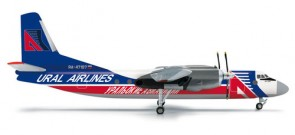 Ural Airlines Antonov 24B 556286 Herpa Wings scale 1:200