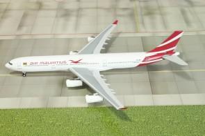 Air Mauritus Airbus A340-300 Reg# 3B-NBD Die-Cast Aero Classics Scale 1:400