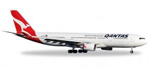 "Qantas A330-200 VH-EBP ""Ningaloo Reef"" HE527316  Scale 1:500"