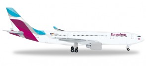 Eurowings Airbus A330-200 Reg# D-WING Herpa Wings HE528153 Scale 1:500